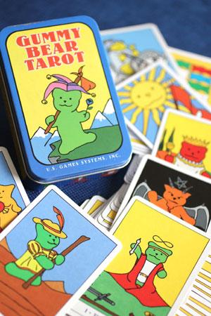 タロットカードで 性格を読む!
